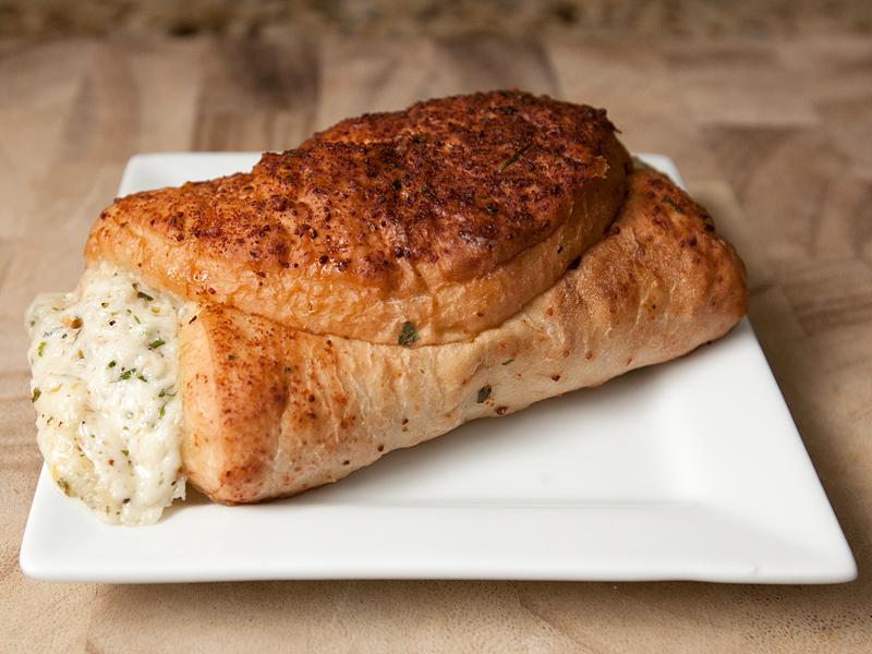 auntie-annes-pretzel-pocket-sandwiches-review-five-cheese-01