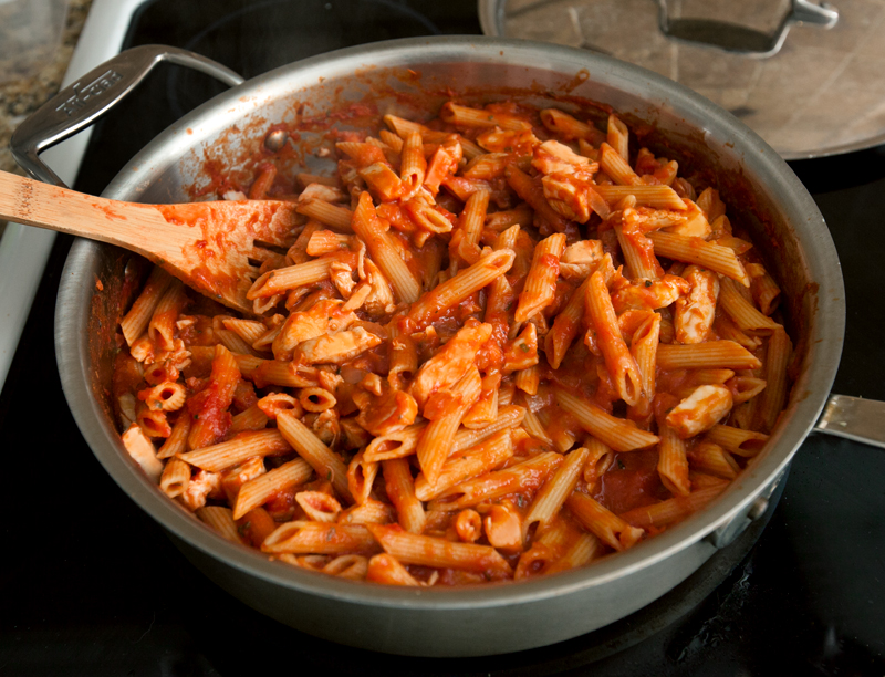 barilla-pronto-pasta-vodka-penne-with-chicken-02