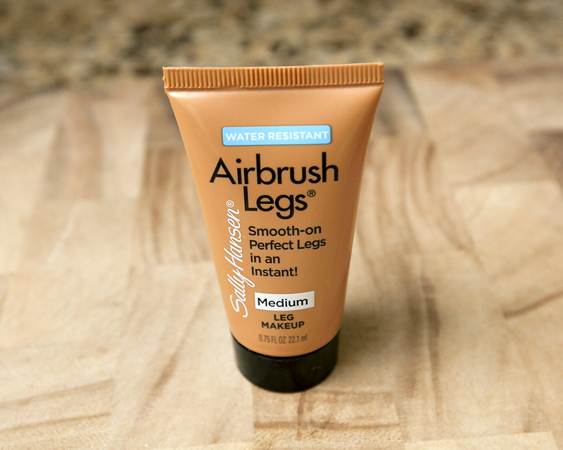 influenster-blossom-voxbox-sally-hansen-airbrush-legs-review-01