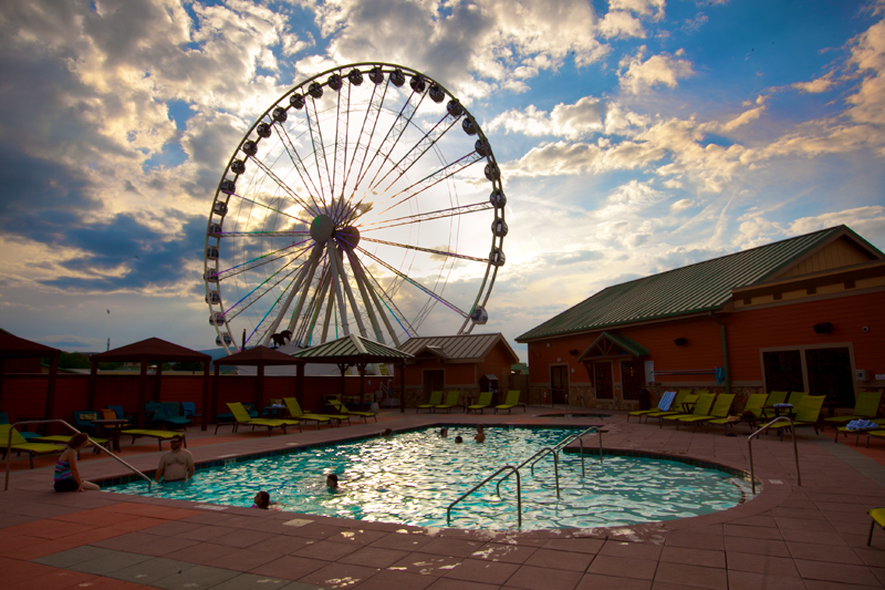 Margaritaville Island Hotel Pigeon Forge Review Pool 02