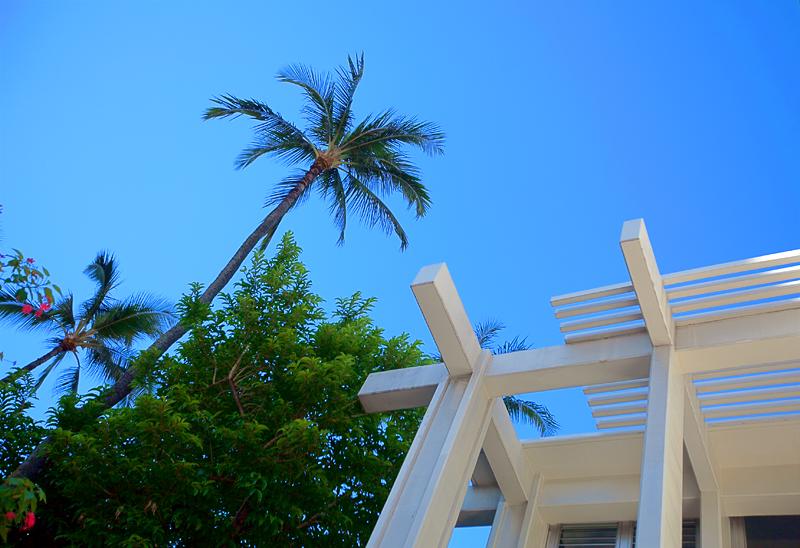shoreline-waikiki-hawaii-hotel-review-exterior-01