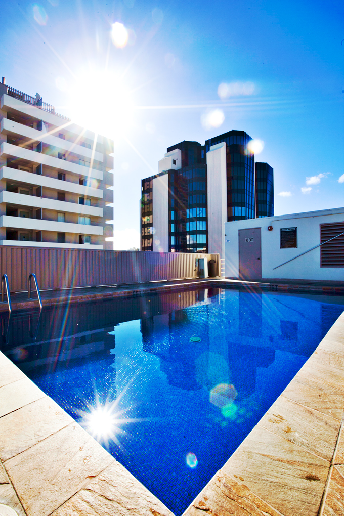 shoreline-waikiki-hawaii-hotel-review-pool-01