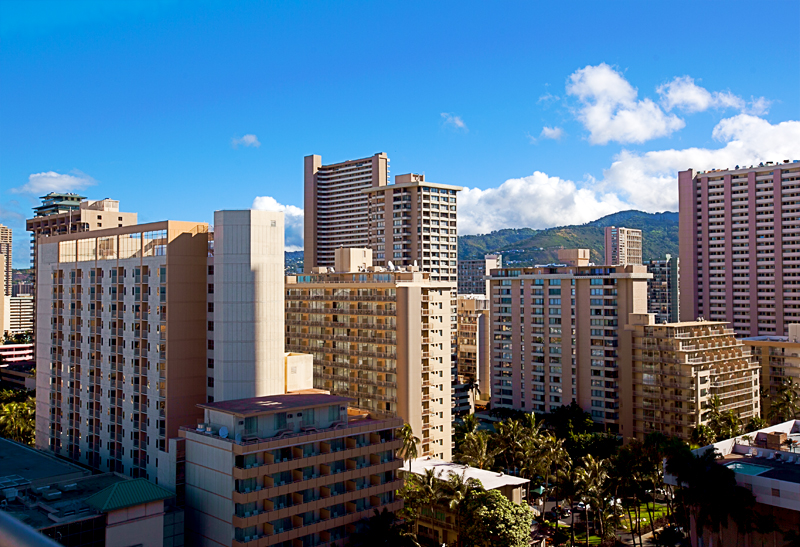 shoreline-waikiki-hawaii-hotel-review-pool-view-02
