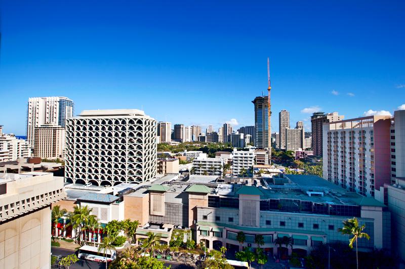 shoreline-waikiki-hawaii-hotel-review-pool-view