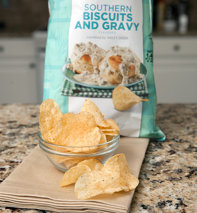 2015-lays-chips-do-us-a-flavor-contest-southern-biscuits-and-gravy-review