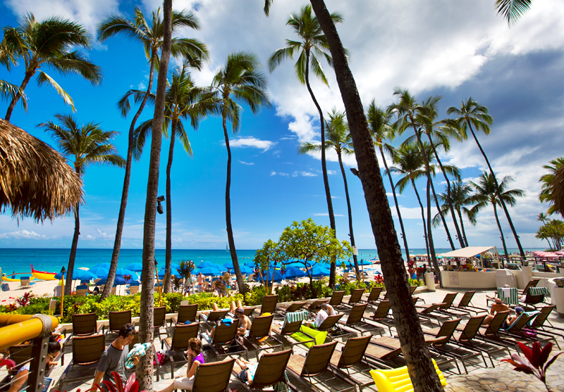 dukes-waikiki-review-view-from-restaurant-02