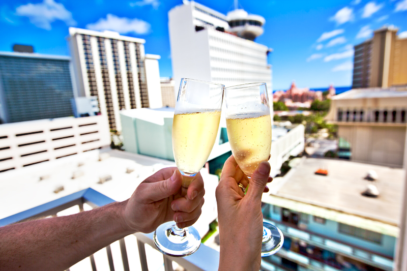 shoreline-waikiki-hawaii-hotel-review-balcony-view-champagne
