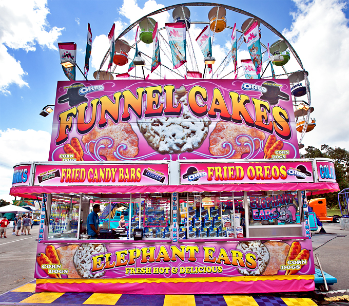 fair-food-funnel-cakes-elephant-ears