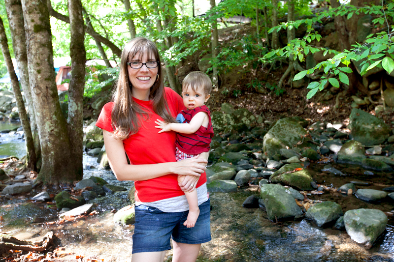 mom-and-baby-in-smoky-mountain-creek
