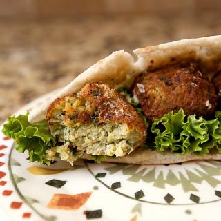 Nate's Mediterranean Bites Review | Frozen Falafel