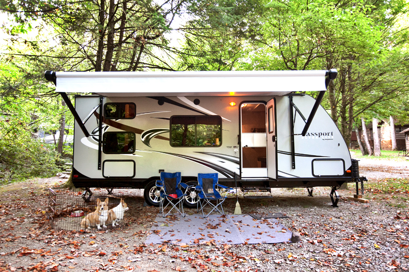 passport-ultra-lite-camper-at-adventure-bound-gatlinburg