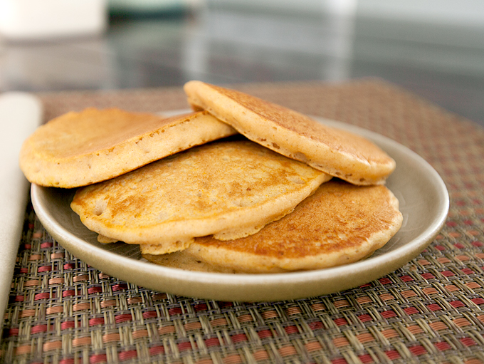 pumpkin-pie-pancakes-with-cream-cheese-drizzle-05