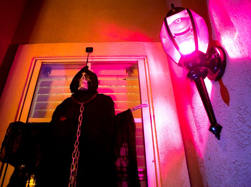2015-halloween-decorations-03