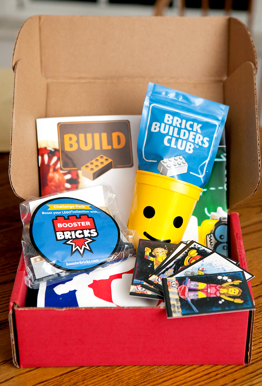 lego-brick-builders-club-brick-swag-subscription-box-review-02
