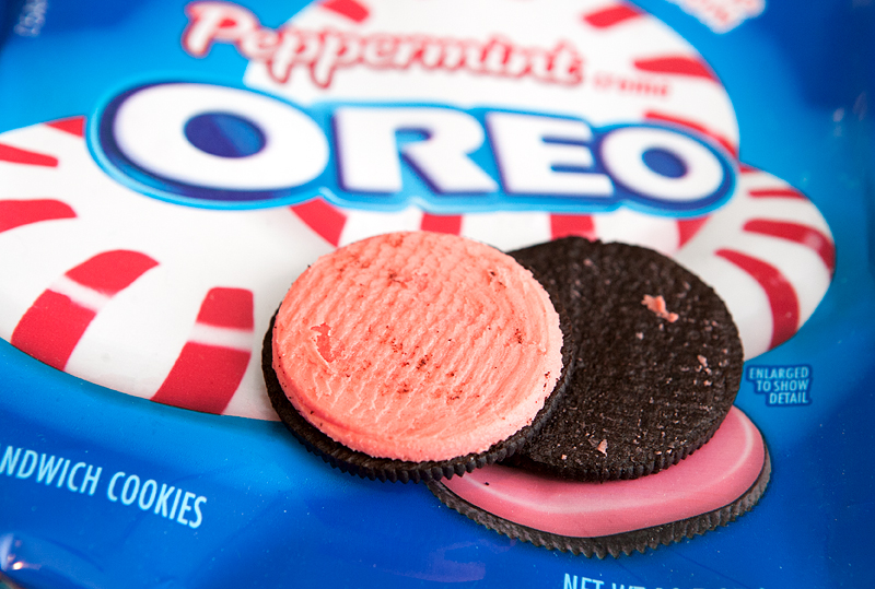 2015 Christmas Oreo Flavors - Peppermint Oreos Review
