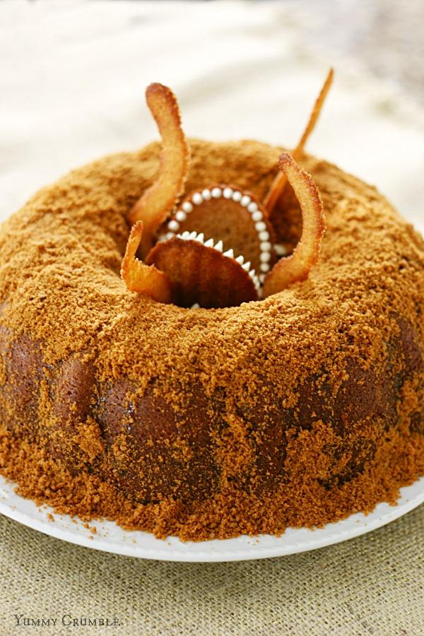 Food inspired by Star Wars - Sarlacc Bundt Cake