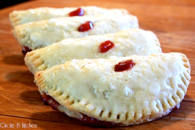 Hostess Copycat Recipes - Cherry and lemon fruit pies