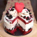 How to make a red velvet ice cream cake