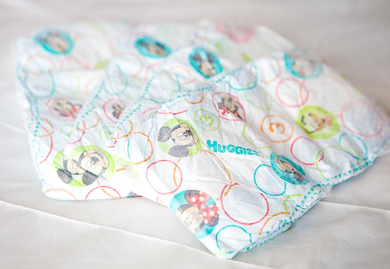 huggies-snug-and-dry-diaper-review-03