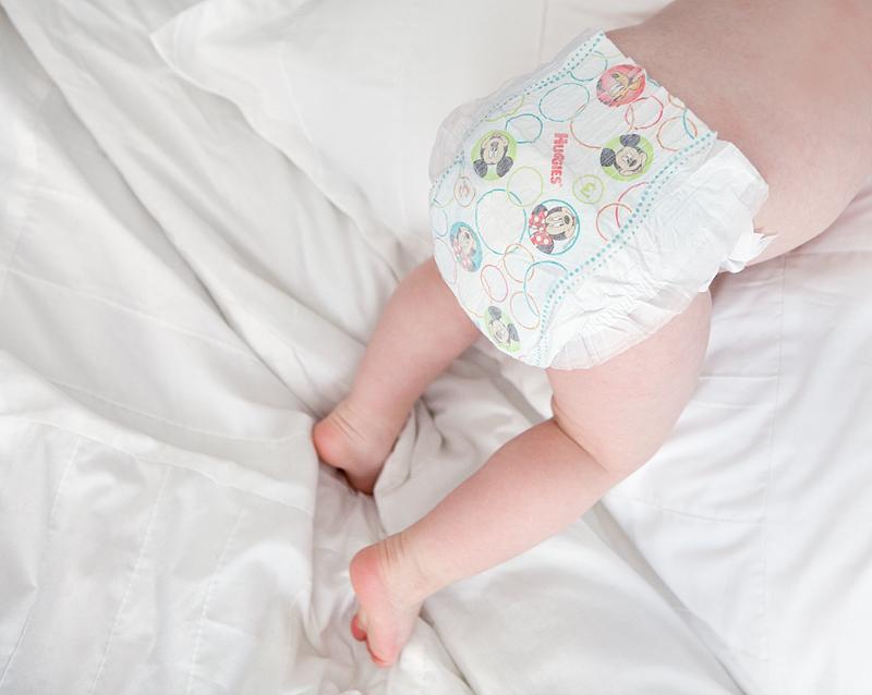 huggies-snug-and-dry-diaper-review-05