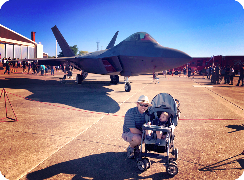 f-22-fighter-jet-with-baby