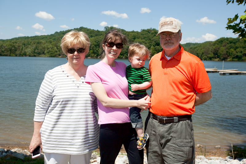 family photos on watts bar lake