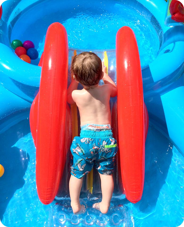 toddler-in-kiddie-pool