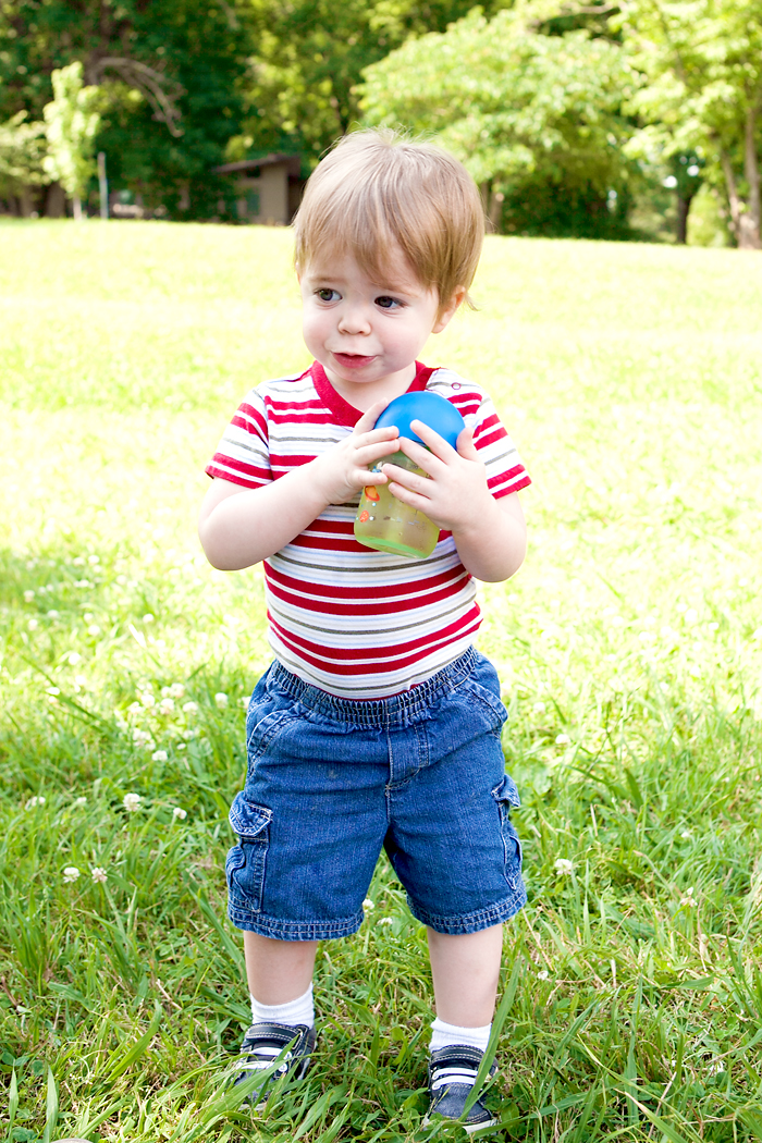 toddler-with-straw-cup