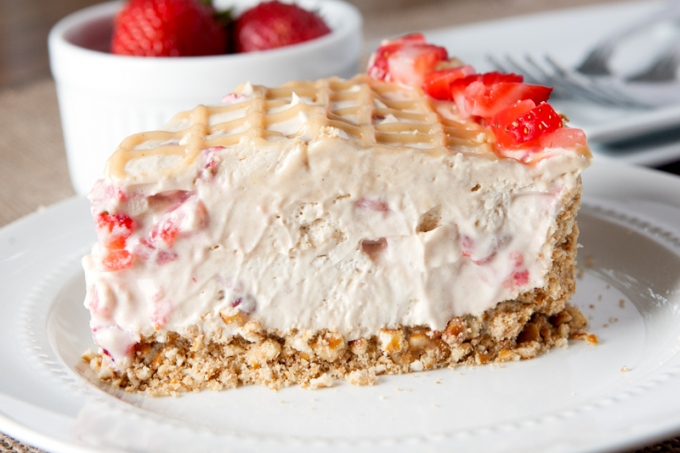 No Bake Strawberry Peanut Butter Fluff Pie