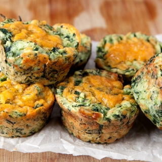 Cheesy Spinach Mashed Potato Cups