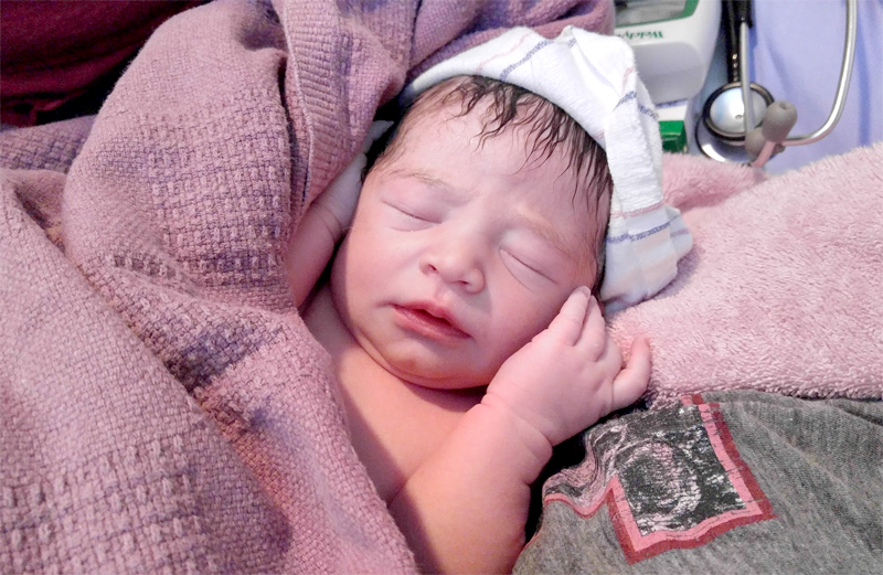 shelby-minutes-after-birth
