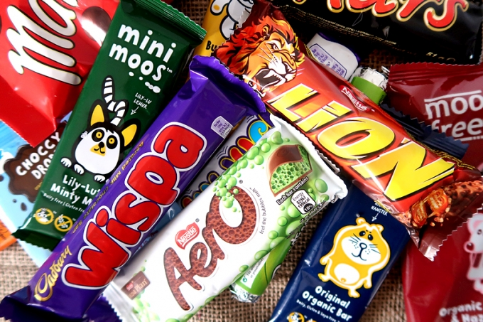 Trying British Candy TASTE TEST!