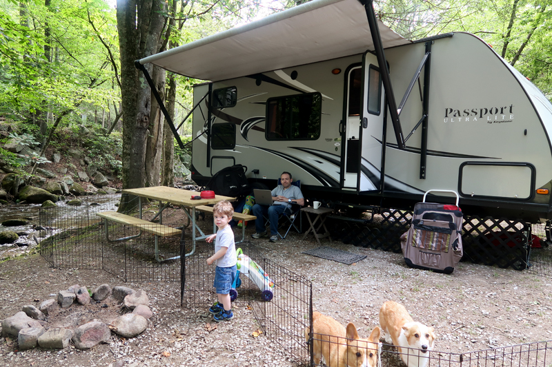 camping-at-adventure-bound-2017-17