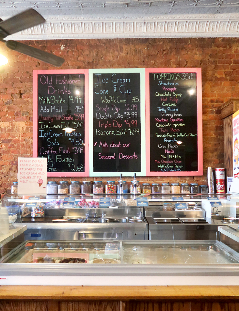 Review of JJ's Eatery & Ice Cream in Jonesborough