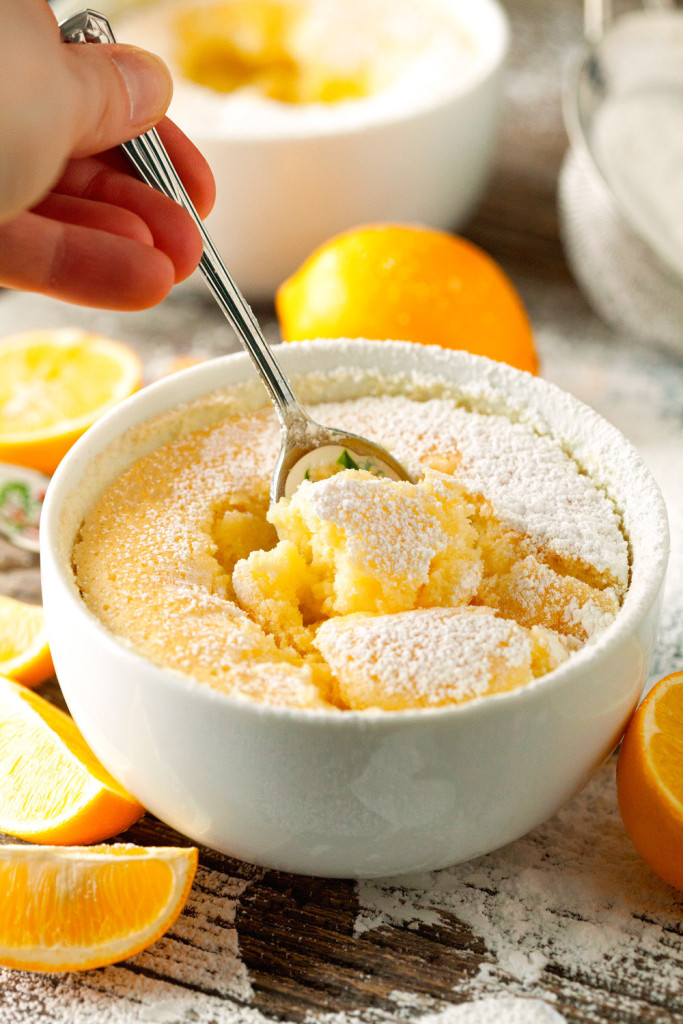 A list of warm desserts to make this winter!  From bread puddings, lava cakes, skillet cookies, hot chocolate, souffle, and more!