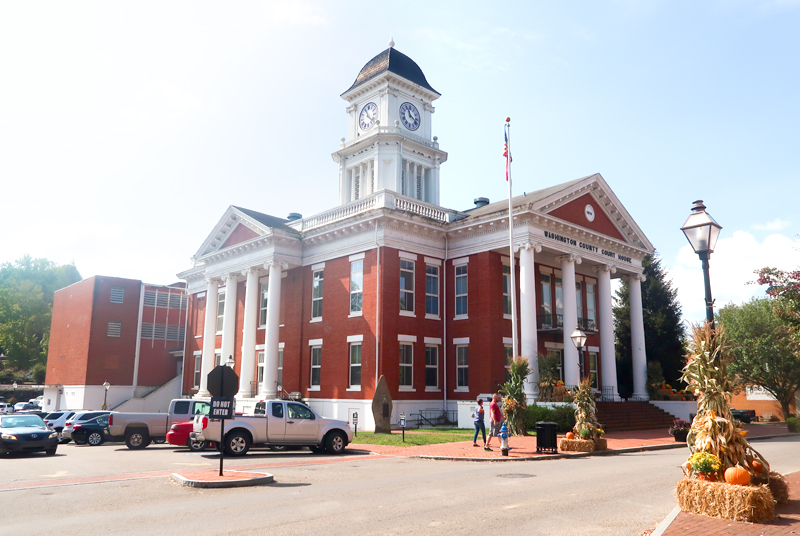 Court House in Downtown Jonesborough