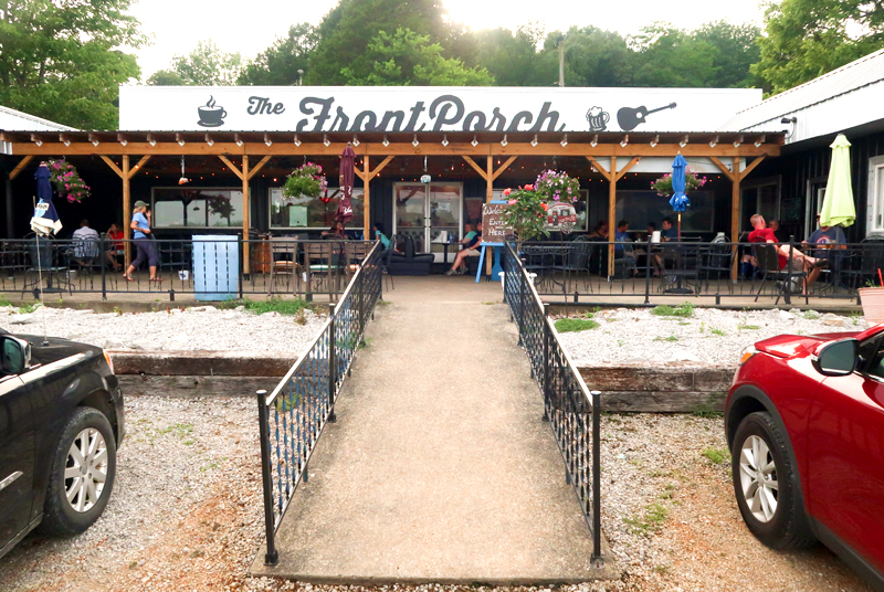 Where to eat in and near Mammoth Cave National Park in Kentucky!