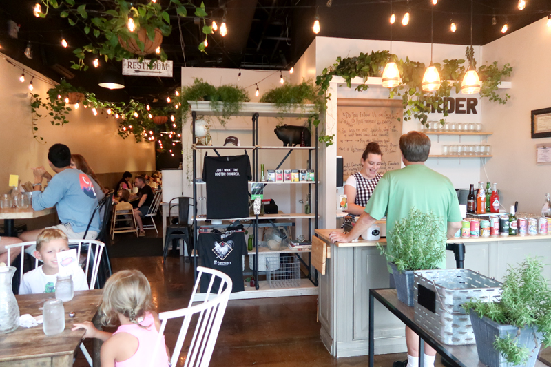 Knoxville Farmacy Restaurant Review