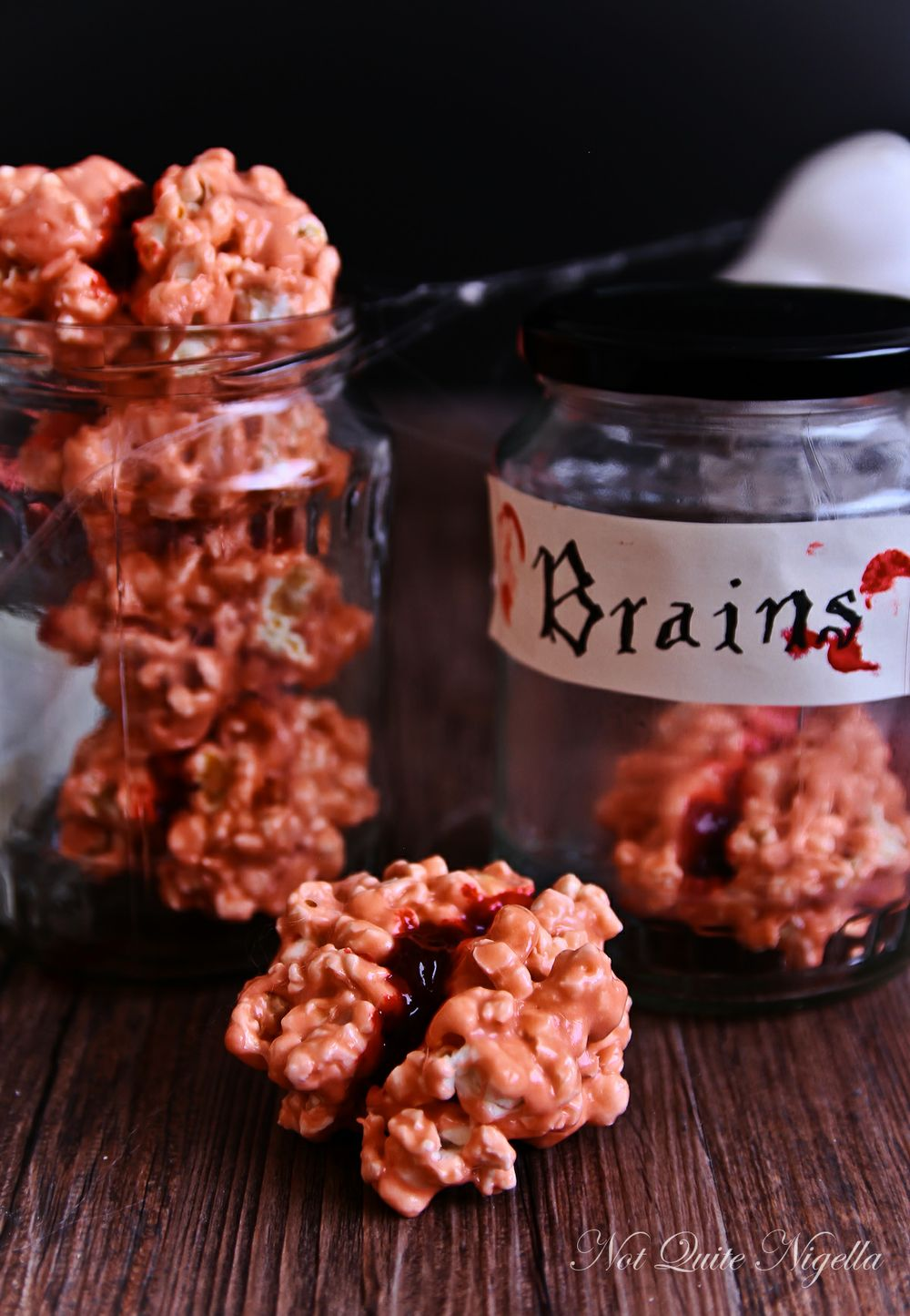 A list of easy, impressive, and delicious Halloween treats made with popcorn!