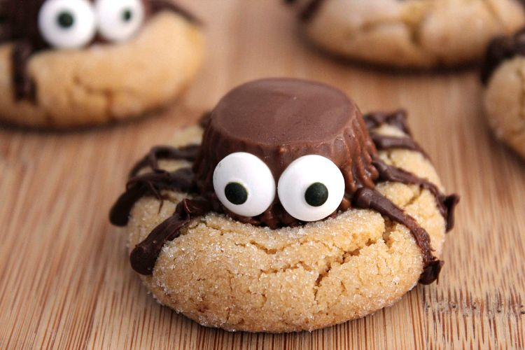 15 Easy Halloween Cookie Ideas