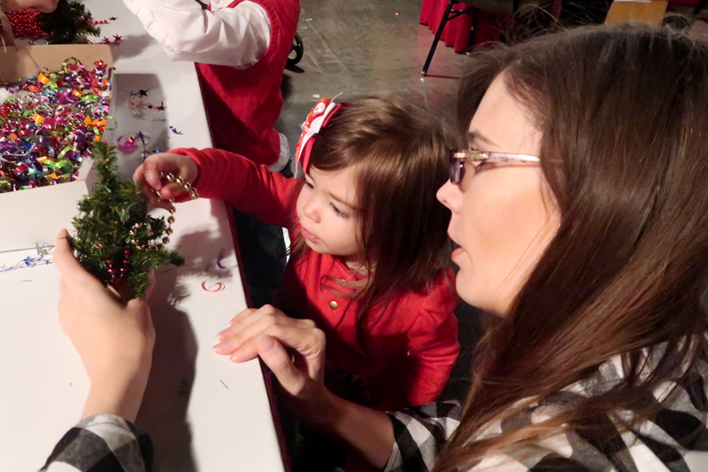 What to do at Knoxville Fantasy of Trees