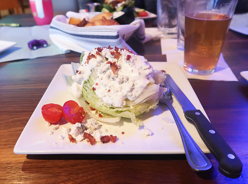 Knoxville Chesapeake's Restaurant Review