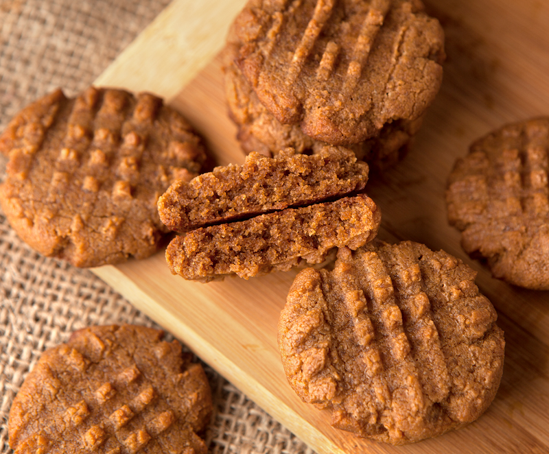 These low carb keto friendly peanut butter cookies are made with only 4 ingredients!