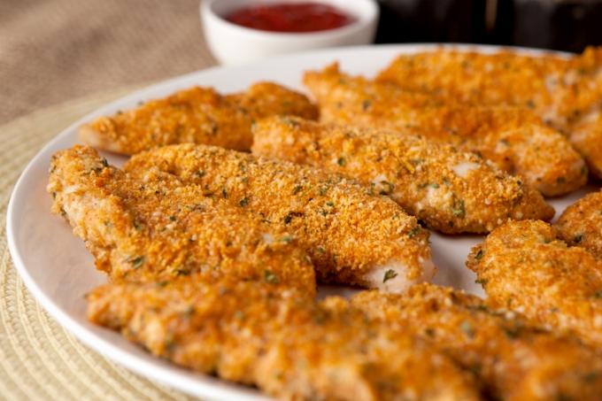Keto Friendly Low Carb Crispy Chicken Tenders