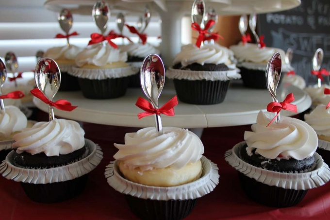 Stinkin' Adorable Mary Poppins Party Food Ideas