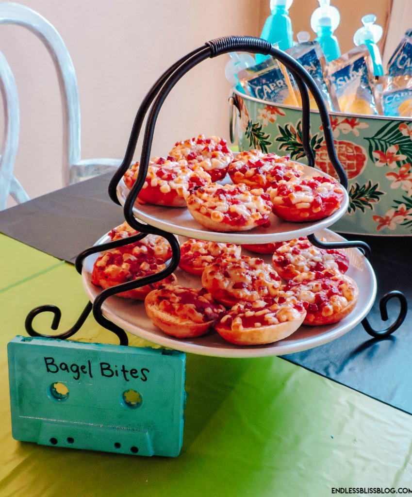 Food ideas for the best 90s themed party!